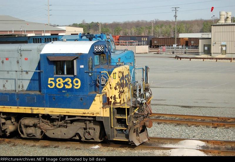 CSX 5839