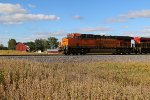 BNSF 8131 Leads a freight Nb up the Hannibal Sub