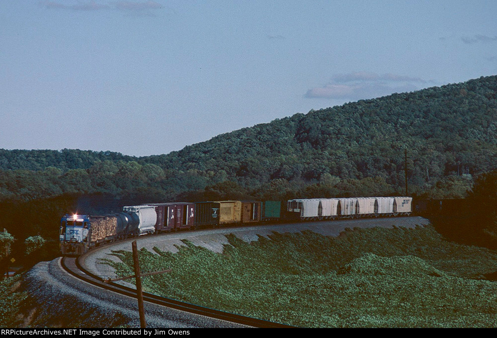 A CSX GP-30 is alone on this northbound.