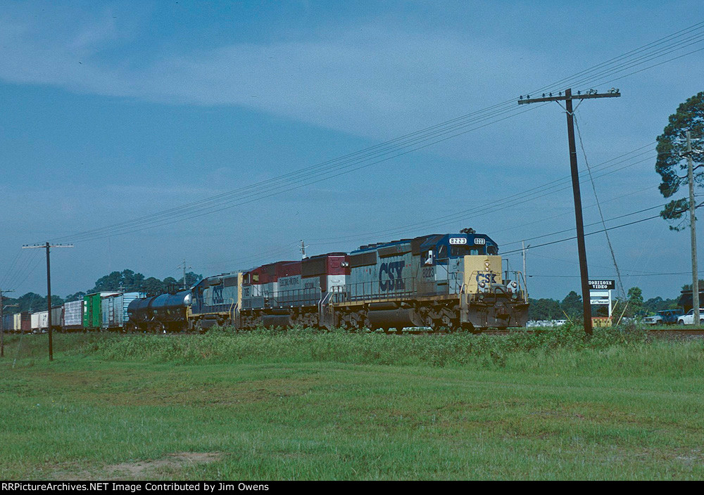 CSX northbound leaving Waycross