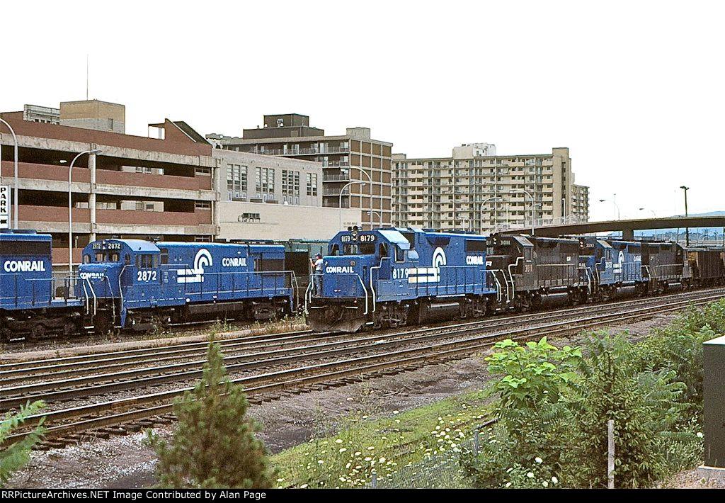 CR GP38-2 8179