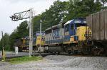 SD40-2 in consist on train Q693