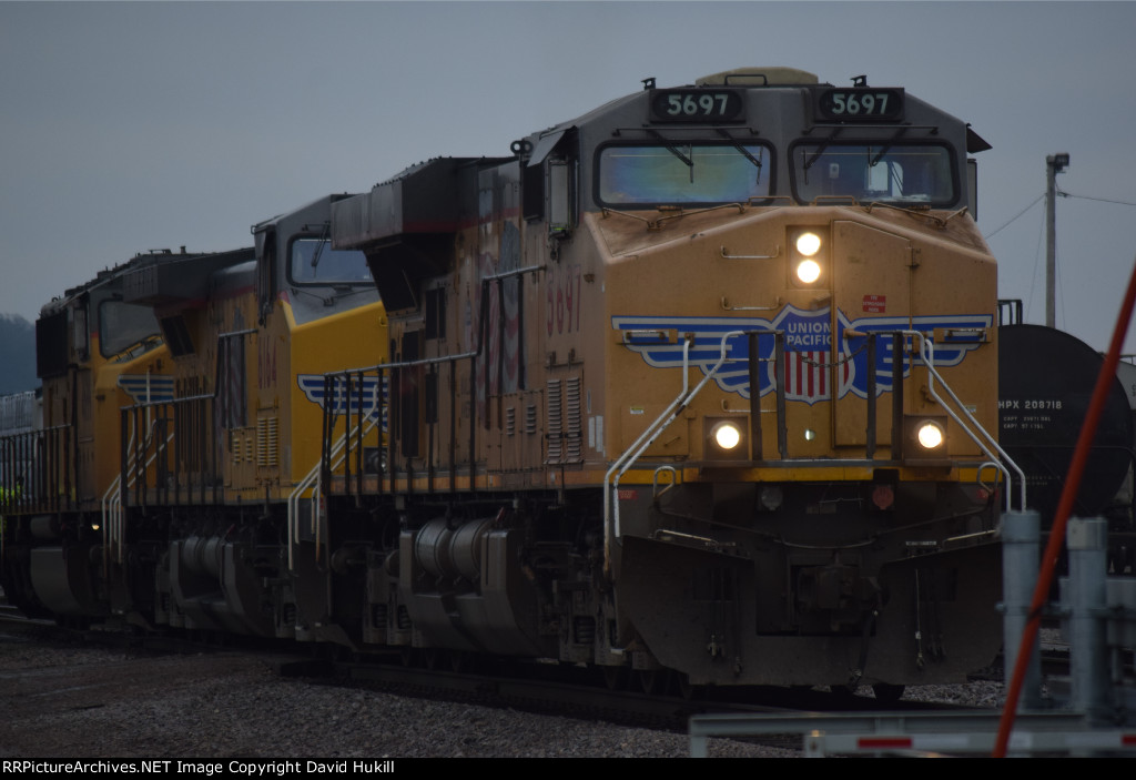 UP Engines 5697 6164 4699, Des Moines IA