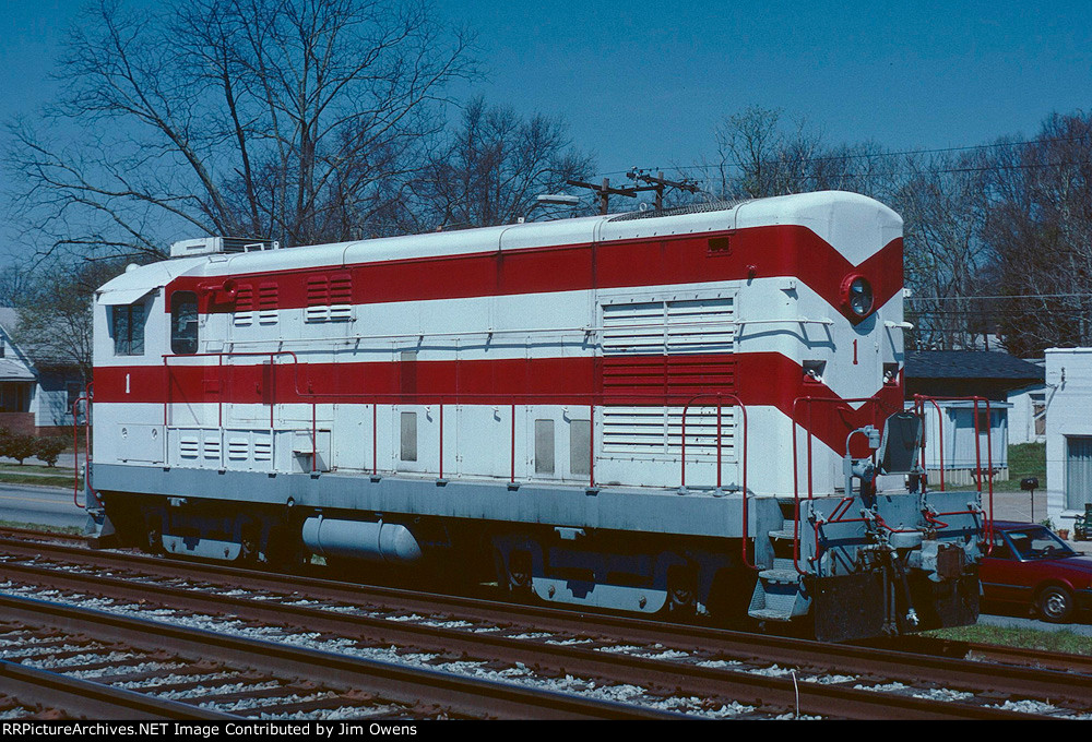 CLCX recently finished work on this FM switcher, and it is at the NS interchange in Easley for shipment.