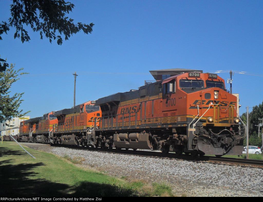 BNSF 6700 6932 4685 7300
