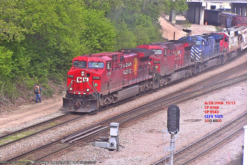 CP 199's conductor flushed some critter as he dismounted to pull the pin for today's setout