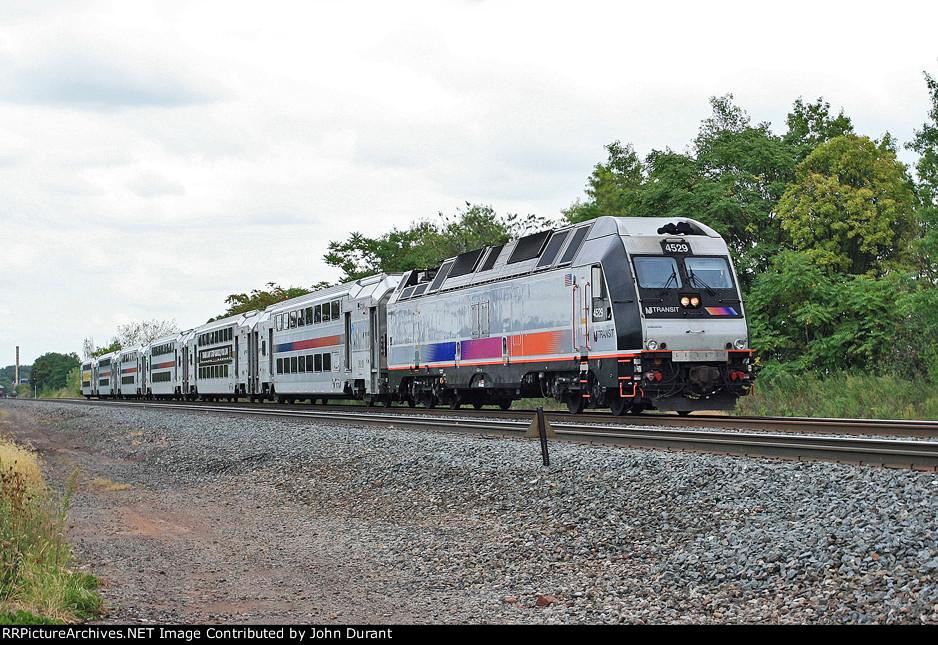 NJT 4529 on Train 5179