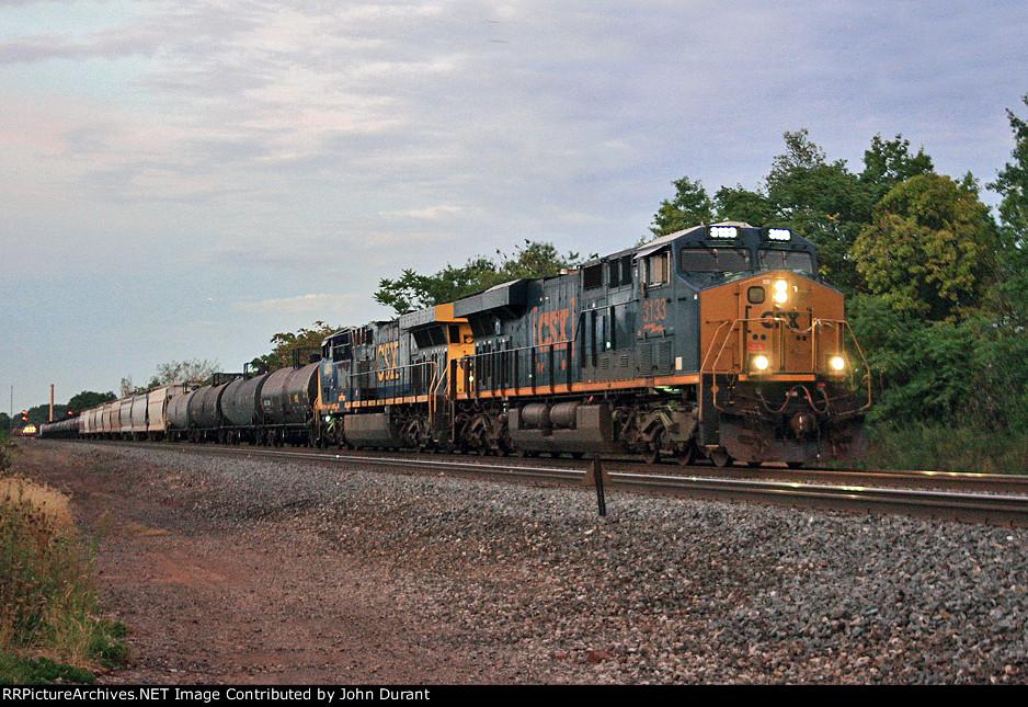 CSX 3133 on Q-301