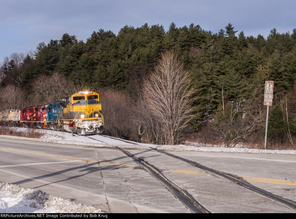 An eastbound Vermont Railways slurry train crosses Vermont's Long Trail / The Appalachian Trail (and VT Route 103)