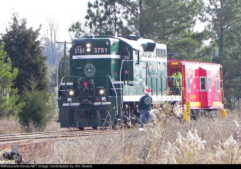 The 2010 Greenville & Western Santa train, taking Santa through the Belton Jct. yard on the way to Belton.