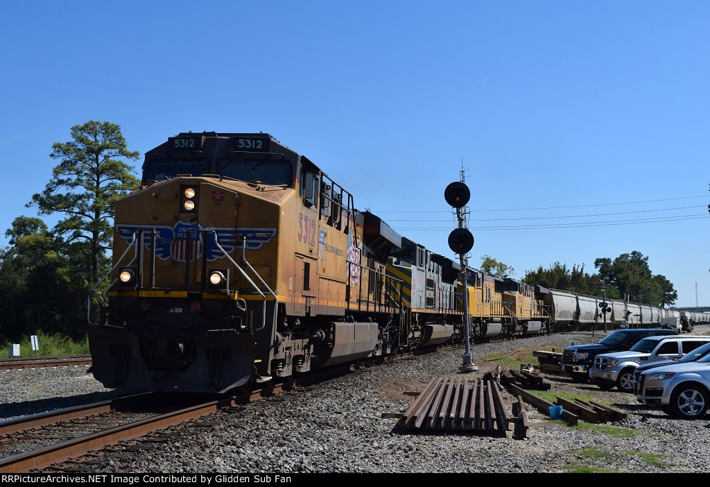 NB UP grain train