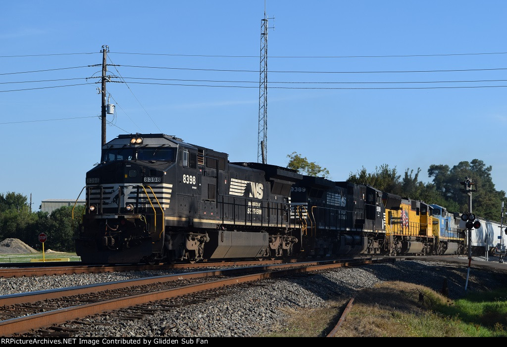 NS 8398 leads NB manifest w/ awesome lashup!