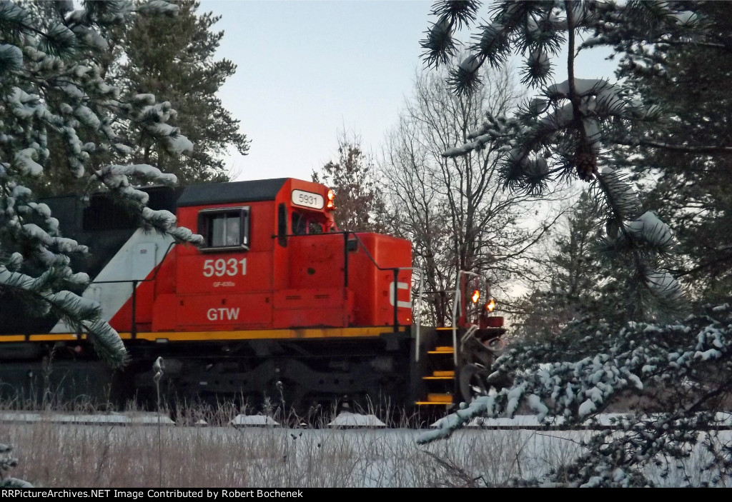 CN (GTW) SD40-2 5931 Whiting, WI_3-25-16