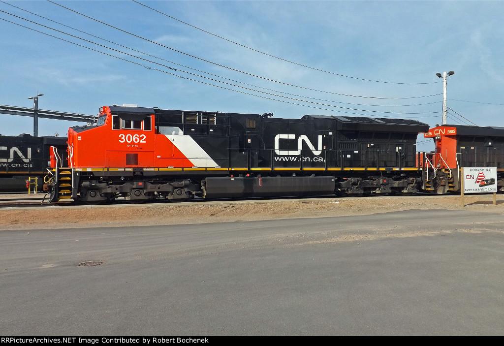 CN 3062 at Stevens Point, WI_5-9-16