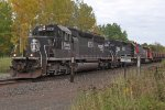 IC 6251 rumbles by with the northbound taconite empties