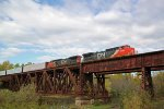 CN 2183 leads a southbound manifest over the Cloquet River