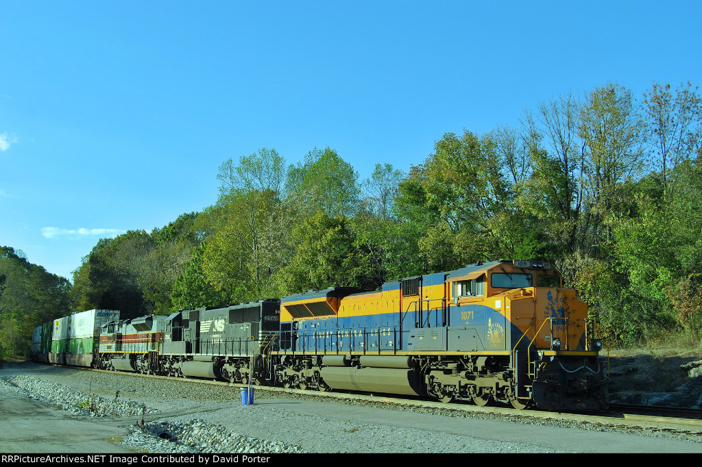 Heritage units on southbound train 215