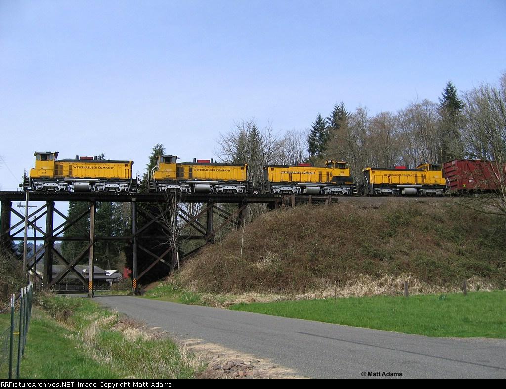 WTCX Woods Train