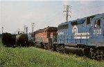 CR GP40 3135 and BAR GP38 86