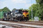 NS 220 meets NS 285