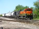 CMGN 5175 & 8905 leading 702 onto the CN Flint Sub