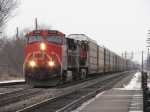 CN 2652 & 2589 head west with Q149