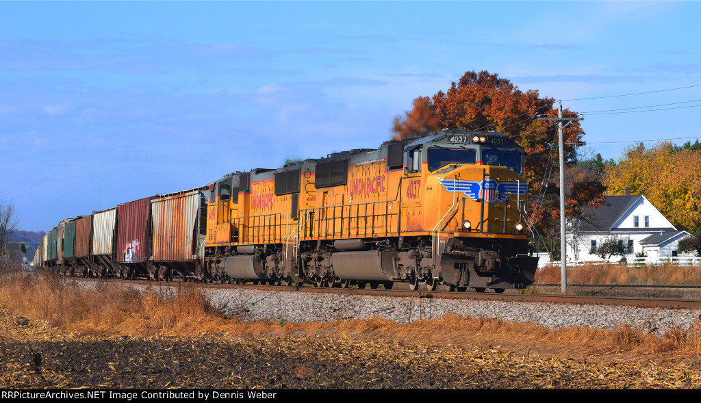 UP 4037, CP's Tomah   Sub.