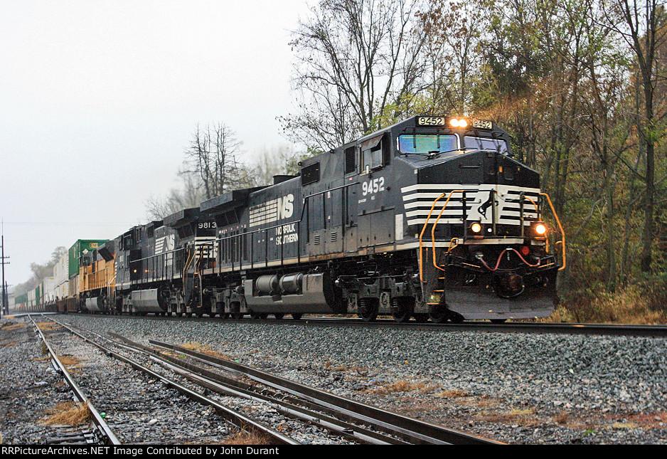 NS 9452 on 202