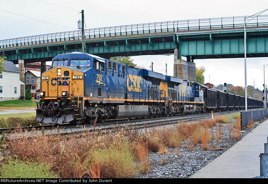 CSX 792 on Q-751
