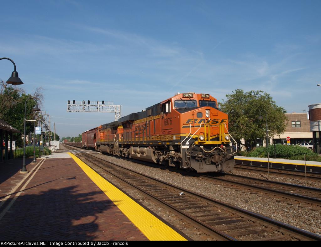 BNSF 6976
