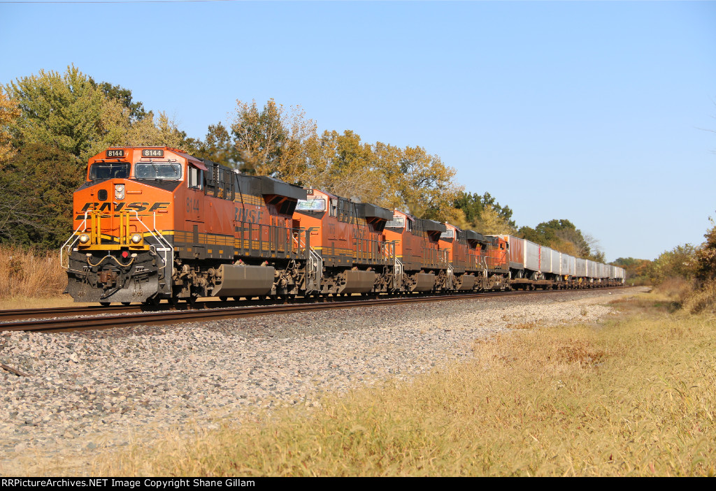 BNSF 8144 And 4 other Ge's rumble west with a Z train.