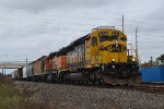 Yellowbonnet SD40-2 leads SB local