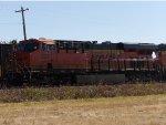 BNSF ES44C4 8257