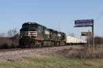 NS 9610 & 9408 roll north on the Milwaukee Sub with roadrailers