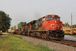 CN 2237 & 5754 roll south with Q116