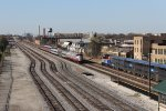 The SLRG move heads east as it meets an outbound Metra