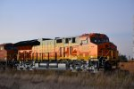 BNSF 3905 on the Z-ALTSPD at Sunset