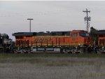 BNSF ES44C4 8371