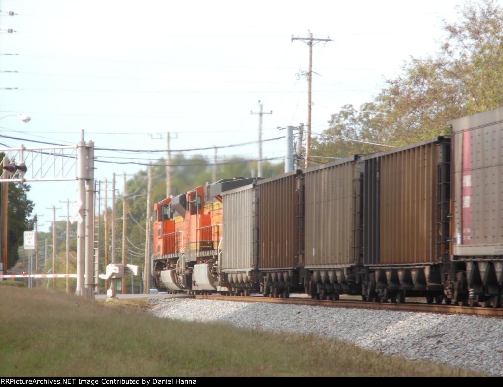 DPU's on NS 736 are a H2 ES44AC and a SD70ACe