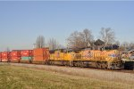UP 5820 On NS 25 A Southbound