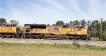 UP SD70ACe 8312 leads C44-9W 9780, CSX C40-8W 7679, and C40-8 7626