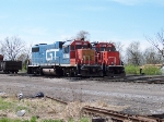 Two GTW GP38's
