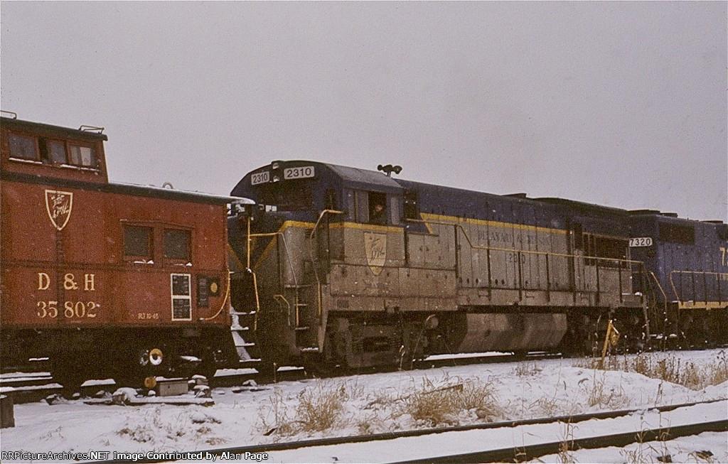 D&H U23C 2310 and GP38-2 7320