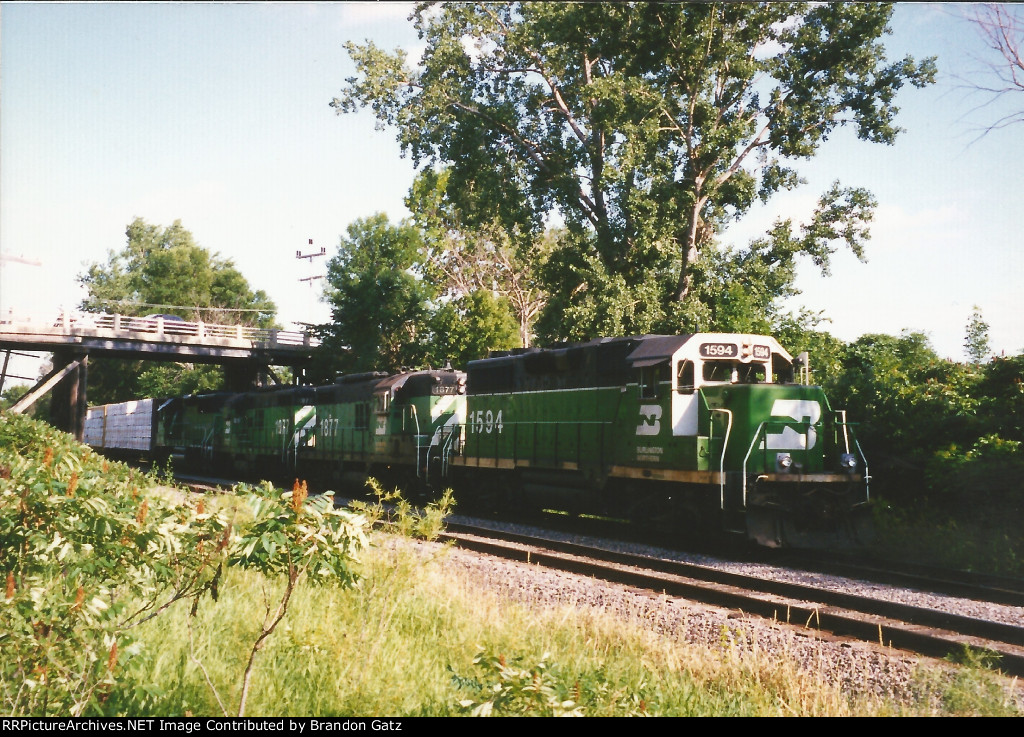 BN 1594, 1977, 1877, 3149 westbound out of Howard Lake