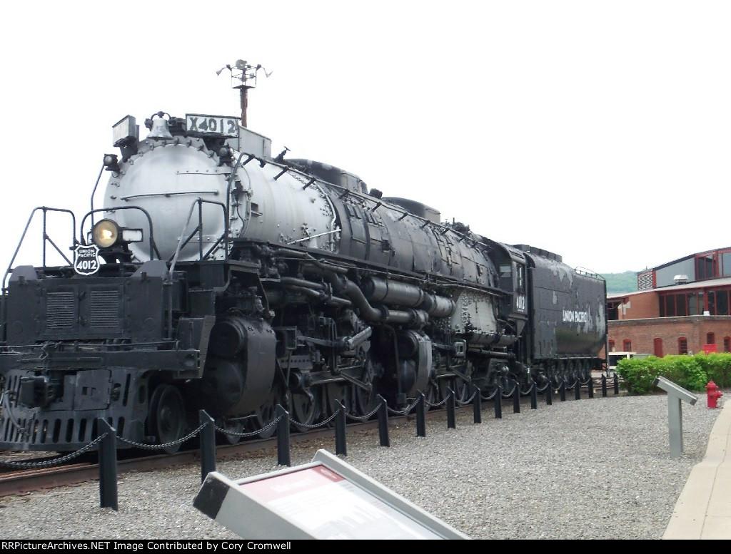Union Pacific 4012
