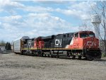 CN 2247 and 2033 on wye