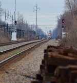 NS intermodal train head southbound from Worthington Ohio into Columbus.