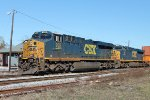 CSX 935 and 850