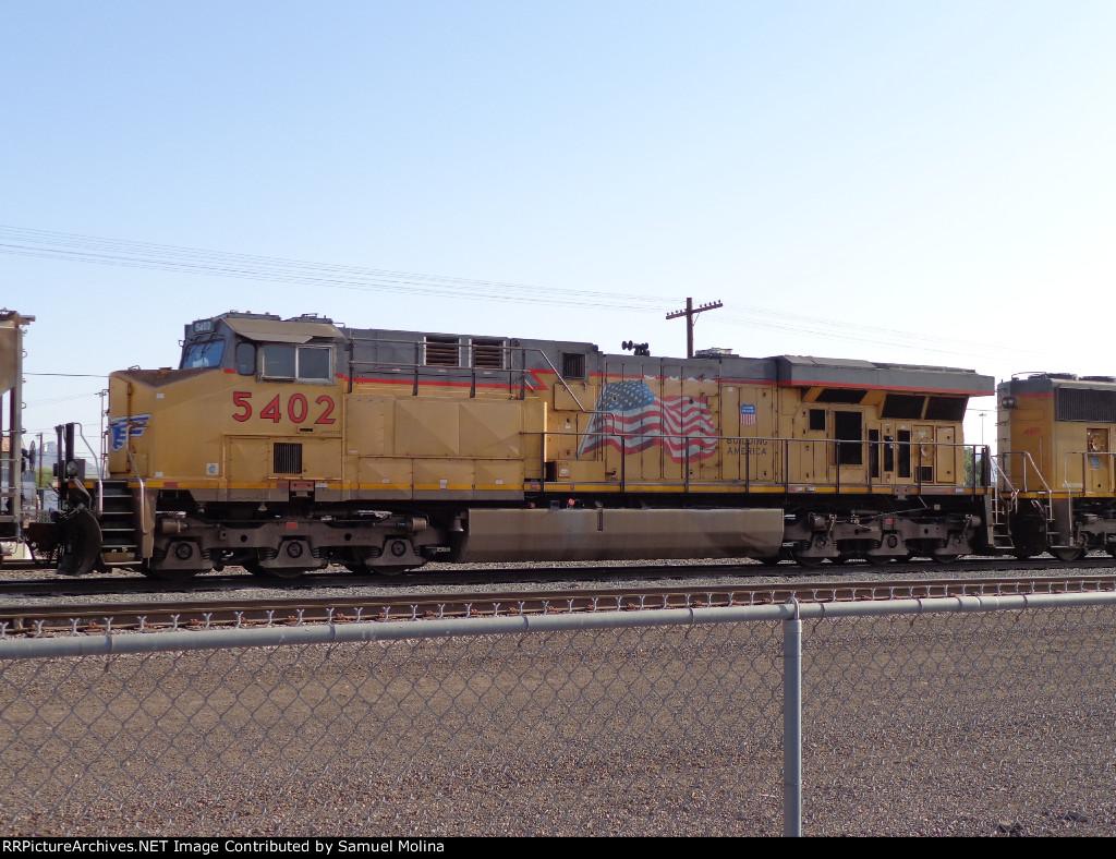 UP 5402 ES44AC