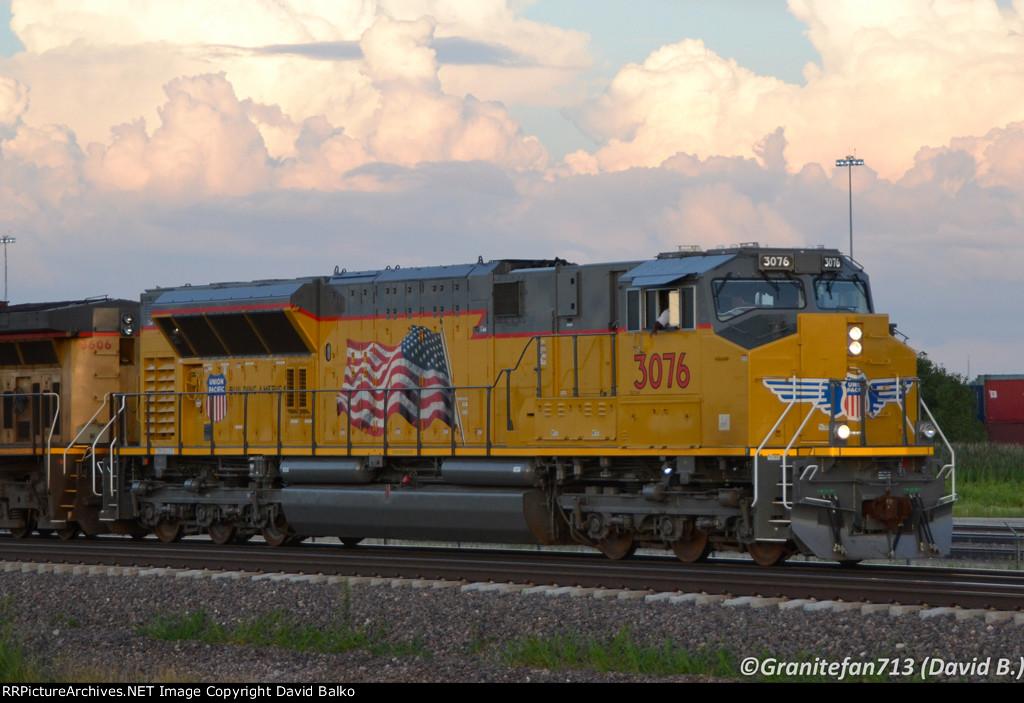 UP 3076